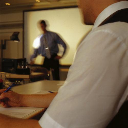 Tagungen & Konferenzen